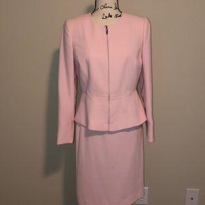 Ladies skirt suit